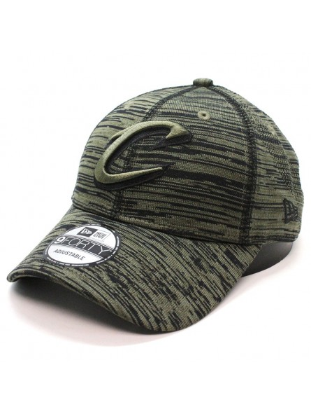 Cleveland CAVALIERS Engineered 9FORTY New Era olive Cap