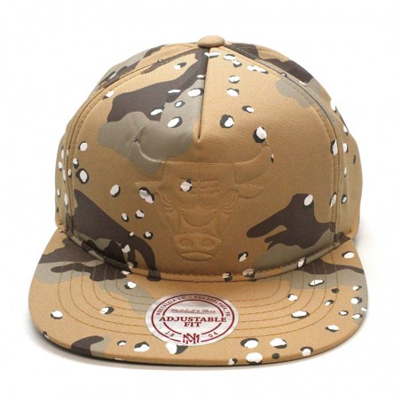 Chicago BULLS NBA 247 Mitchell and Ness brown camouflage cap
