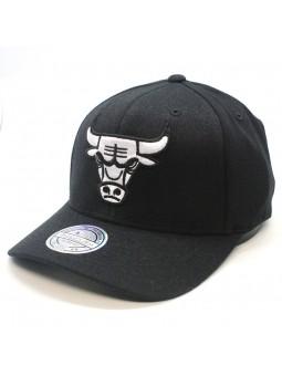 Chicago BULLS NBA Black & White 1033 Mitchell & Ness black Cap