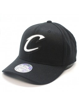 Cleveland CAVALIERS NBA Black & White 1033 Mitchell & Ness black Cap