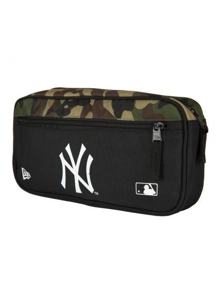 aa9c29d5 New York YANKEES MLB Cross Body Bag New Era camouflage