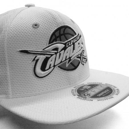 Gorra CLEVELAND CAVALIERS 9FIFTY NBA Reflective New Era blanco