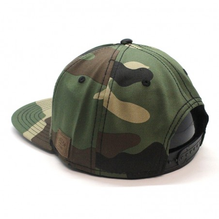 Gorra Forest Hill Cayler & Sons snapback verde oscuro y ante
