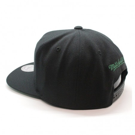 Boston Celtics NBA VV27Z Mitchell and Ness black snapback Cap