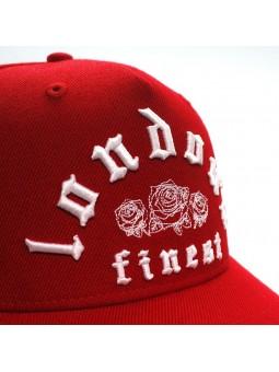 Gorra KING Apparel Whitechapel curved color rojo letras London's Finest